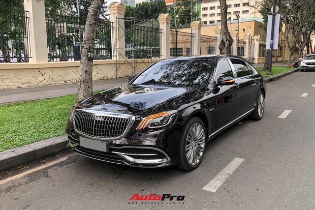 HOT: Loạt xe khủng đưa dâu trong đám hỏi Phan Thành, chú rể cầm lái Rolls-Royce Wraith 34 tỷ đồng - Ảnh 12.