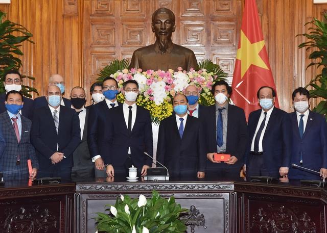 Thủ tướng đề nghị ông Philipp Rosler vận động các tập đoàn lớn đầu tư vào Việt Nam - Ảnh 2.