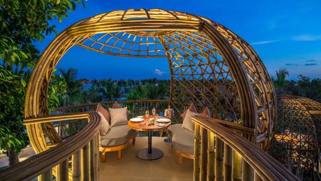 Vượt khó mùa Covid-19, quốc đảo Maldives tạo ra dịch vụ giãn cách xã hội sang chảnh như thiên đường để hút khách - Ảnh 1.