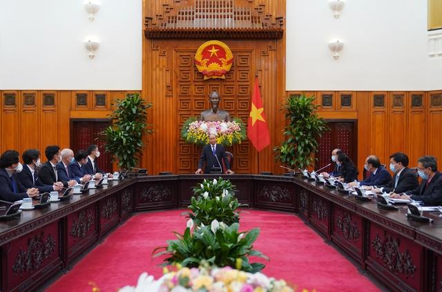 Thủ tướng đề nghị ông Philipp Rosler vận động các tập đoàn lớn đầu tư vào Việt Nam - Ảnh 1.