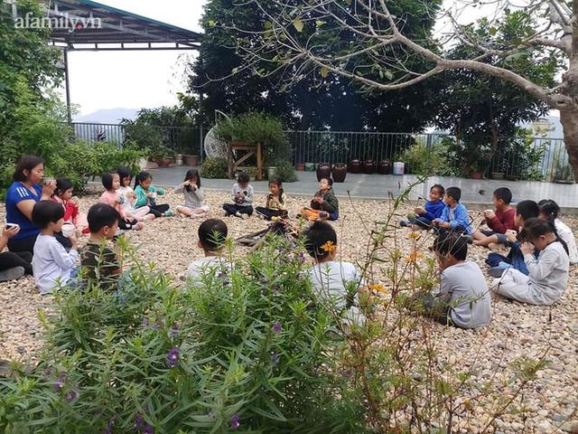 Cách xử lý quân phiệt khi học sinh đi toilet không bỏ giày đúng chỗ và triết lý giáo dục yêu thương cần tàn nhẫn ở 1 ngôi trường tại Hà Nội - Ảnh 1.