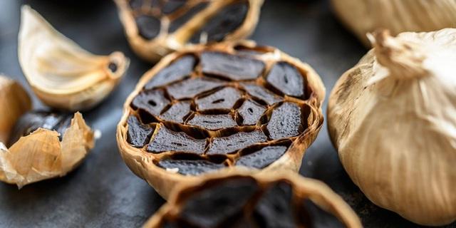 Loại thực phẩm màu đen được chuyên gia ca ngợi là thuốc bổ khỏe thân, lại dưỡng nhan vào mùa đông, phụ nữ càng ăn sẽ càng khỏe và trẻ ra - Ảnh 4.
