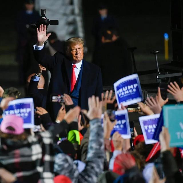 Từng là yếu tố giúp ông Trump bất ngờ chiến thắng, giờ đây các bang Trung Tây lại là gót chân Achille của đương kim Tổng thống? - Ảnh 1.