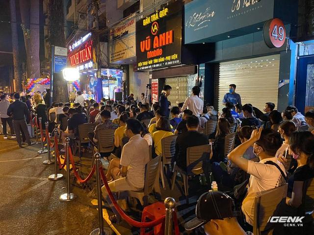 Như thường lệ, chiếc iPhone rẻ nhất vẫn bị người Việt ghẻ lạnh nhất - Ảnh 2.