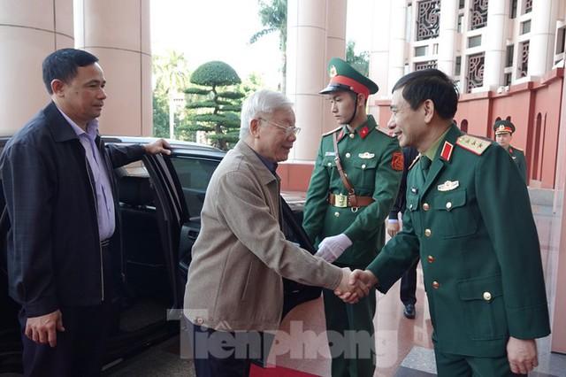 Tổng Bí thư chủ trì hội nghị Quân ủy Trung ương - Ảnh 1.
