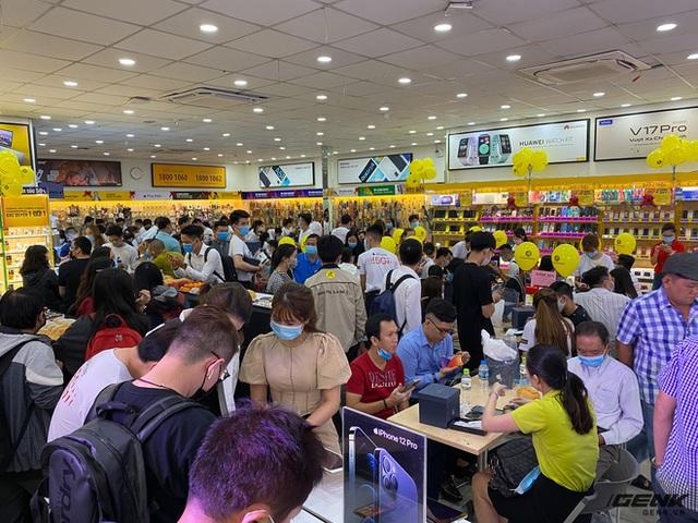 Như thường lệ, chiếc iPhone rẻ nhất vẫn bị người Việt ghẻ lạnh nhất - Ảnh 5.