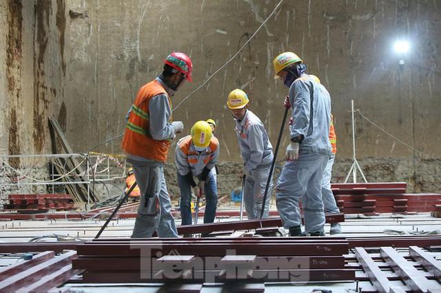 Cận cảnh lắp ráp robot đào hầm khủng nặng 850 tấn thi công Metro Nhổn - ga Hà Nội - Ảnh 5.