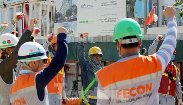 Cận cảnh lắp ráp robot đào hầm khủng nặng 850 tấn thi công Metro Nhổn - ga Hà Nội - Ảnh 7.
