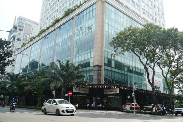 Cận cảnh tòa nhà 2 mặt tiền tại đất vàng TP HCM đang được VietinBank rao bán - Ảnh 1.