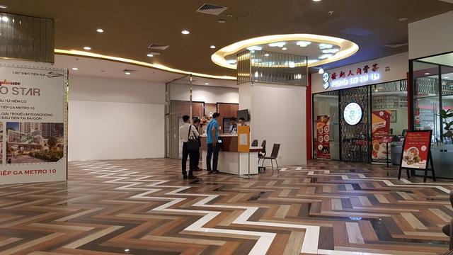 Cận cảnh tòa nhà 2 mặt tiền tại đất vàng TP HCM đang được VietinBank rao bán - Ảnh 8.