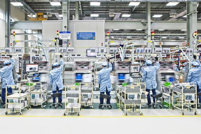 Tượng đài công nghiệp hơn trăm năm tuổi của Mỹ thu về hàng chục nghìn tỷ đồng tại Việt Nam, cung cấp gần 1/3 thiết bị cho các nhà máy điện cho đến động cơ máy bay - Ảnh 1.
