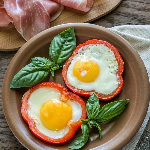 Trứng vốn đại bổ với sức khỏe nhưng nếu kết hợp cùng 4 thứ này sẽ trở thành thuốc quý trị mỡ thừa, nhất là giúp ngừa nhiều bệnh nguy hiểm - Ảnh 2.
