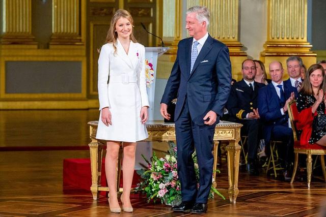 Những nàng tiểu công chúa sinh ra đã được định sẵn là chủ nhân của ngai vàng, làm chủ các Hoàng tộc châu Âu - Ảnh 2.
