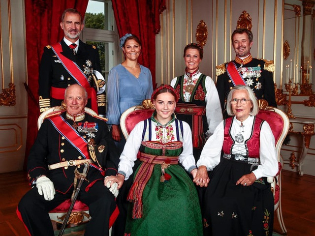Những nàng tiểu công chúa sinh ra đã được định sẵn là chủ nhân của ngai vàng, làm chủ các Hoàng tộc châu Âu - Ảnh 10.