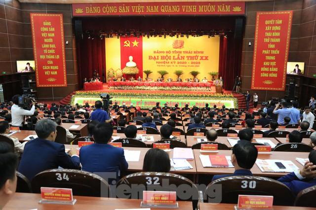 Giới thiệu ông Nguyễn Khắc Thận để bầu làm Chủ tịch UBND tỉnh Thái Bình - Ảnh 1.