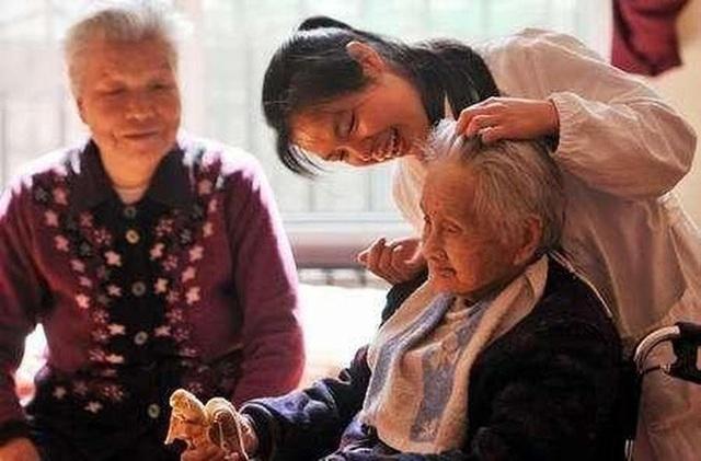 Cụ bà 107 tuổi nhưng trẻ như 67 tuổi, bí quyết trường thọ không phải là tập thể dục nhiều mà là 3 điều này - Ảnh 4.