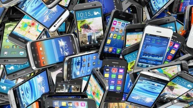 Hé lộ lý do loạt smartphone pin trâu, cấu hình khủng giảm giá còn dưới 4 triệu - Ảnh 1.