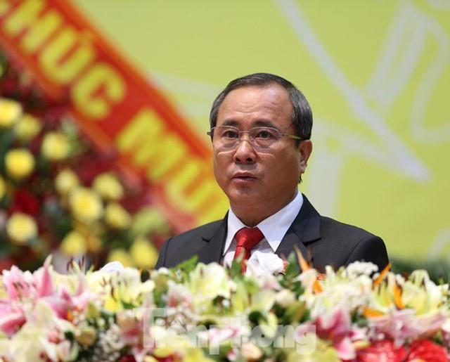 Bộ chính trị chuẩn y các chức danh, Bình Dương phân việc chi tiết từng lãnh đạo - Ảnh 1.