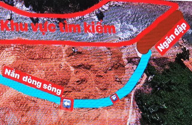 Sông Rào Trăng được nắn chỉnh như thế nào để tìm 12 nạn nhân mất tích? - Ảnh 4.
