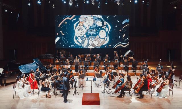Âm nhạc giao hưởng: Khi người trẻ nghe lại những giai điệu tuổi thơ trong khán phòng nhà hát  - Ảnh 1.