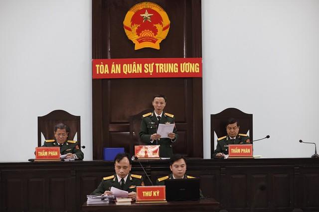 Cựu Đô đốc Nguyễn Văn Hiến xin được cải tạo không giam giữ - Ảnh 2.