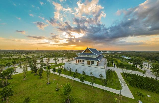 Cận cảnh hoa viên nghĩa trang hơn 2.000 tỷ đồng, có cảnh quan đẹp bậc nhất Việt Nam - Ảnh 26.