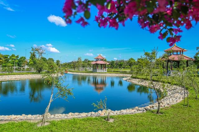 Cận cảnh hoa viên nghĩa trang hơn 2.000 tỷ đồng, có cảnh quan đẹp bậc nhất Việt Nam - Ảnh 8.