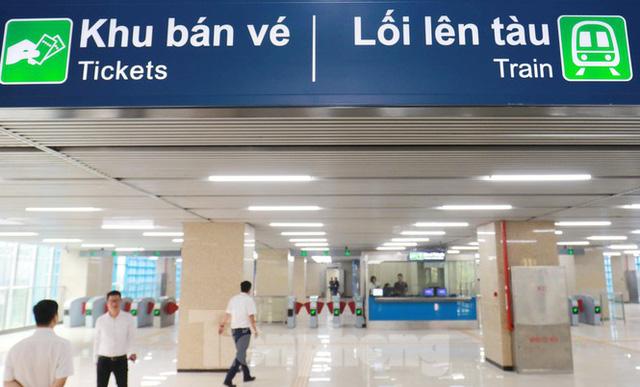 9 đoàn tàu đường sắt Cát Linh - Hà Đông đồng loạt chạy thử - Ảnh 1.