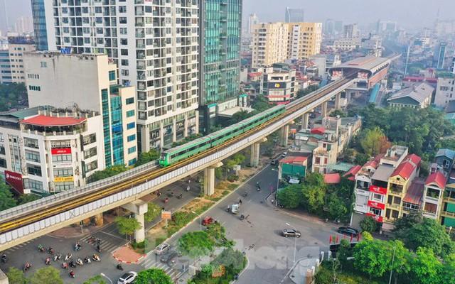 9 đoàn tàu đường sắt Cát Linh - Hà Đông đồng loạt chạy thử - Ảnh 14.