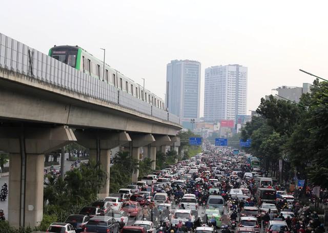 9 đoàn tàu đường sắt Cát Linh - Hà Đông đồng loạt chạy thử - Ảnh 16.