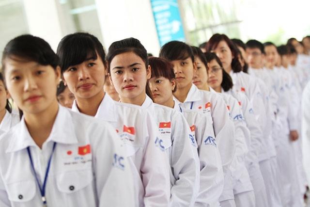 Nhiều quyền lợi mới cho người lao động đi làm việc tại nước ngoài - Ảnh 1.