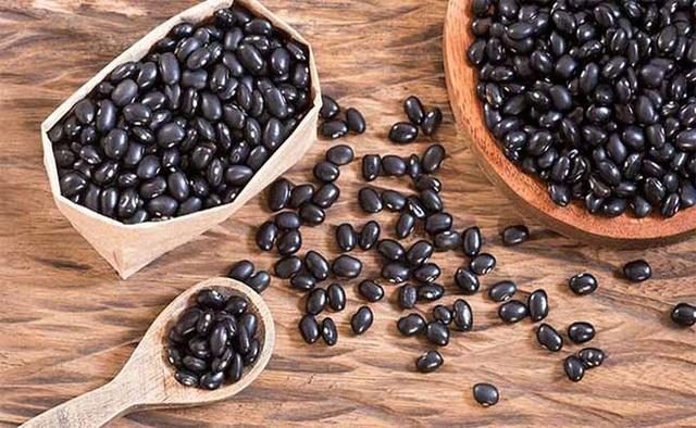 Đậu đen là vua của các loại đậu, giúp sống thọ, ngừa ung thư, nhưng 4 nhóm người này không nên ăn - Ảnh 2.