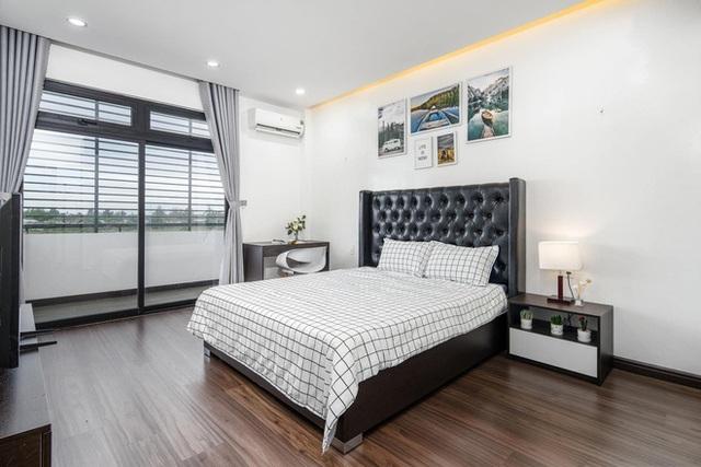 Chuyển về Đà Nẵng sống, chồng mua mảnh đất 180m2 và xây tặng vợ ngôi nhà đẹp như resort - Ảnh 14.