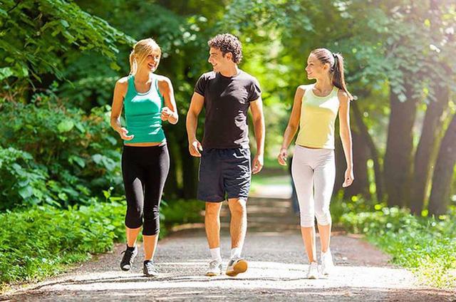 Có những thay đổi kỳ diệu đã diễn ra trong cơ thể sau khi đi bộ 1 giờ, thay đổi ở phút 21-45 là điều chị em thích nhất - Ảnh 1.
