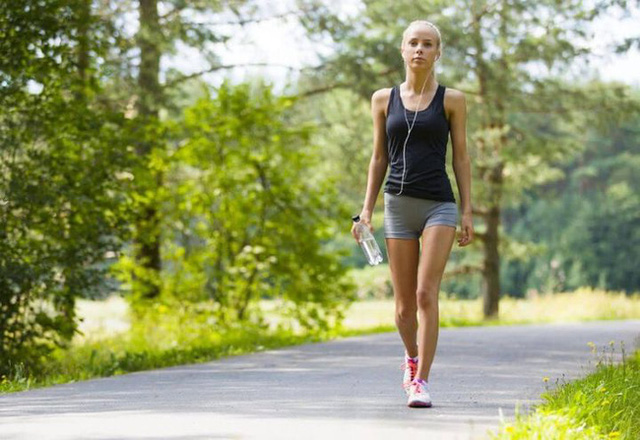 Có những thay đổi kỳ diệu đã diễn ra trong cơ thể sau khi đi bộ 1 giờ, thay đổi ở phút 21-45 là điều chị em thích nhất - Ảnh 3.