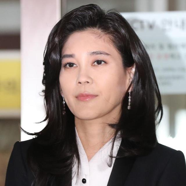 Sở hữu tài sản gần 40 nghìn tỷ đồng, quyền lực thét ra lửa nhưng công chúa Samsung bỗng khiến nhiều bà mẹ đồng cảm vì 1 hành động với con - Ảnh 1.