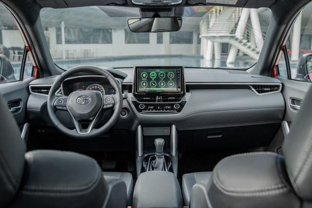 Hơn 800 triệu, mua Peugeot 2008, Toyota Corolla Cross hay Honda HR-V: Đây là bảng so sánh giúp bạn tìm ra câu trả lời - Ảnh 10.