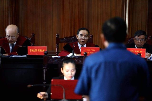 Bất ngờ lời khai giữa ông Đinh La Thăng và Nguyễn Hồng Trường  - Ảnh 3.