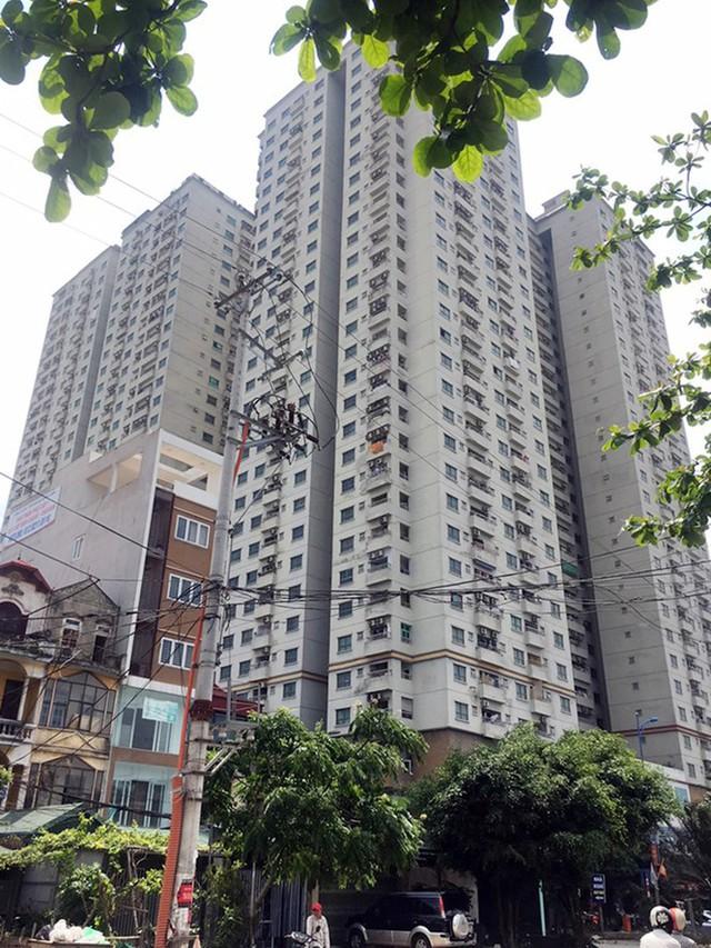 Hà Nội lên tiếng về đề nghị cấp 'sổ đỏ' dự án có hàng trăm căn hộ trái phép - Ảnh 1.