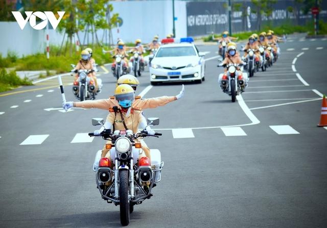 Hà Nội phân luồng giao thông phục vụ Đại hội các dân tộc thiểu số Việt Nam - Ảnh 1.
