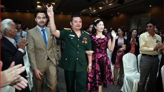 Trùm lừa Liên Kết Việt Lê Xuân Giang nhờ nhà sư làm quyết định, bằng khen giả của Thủ tướng - Ảnh 2.