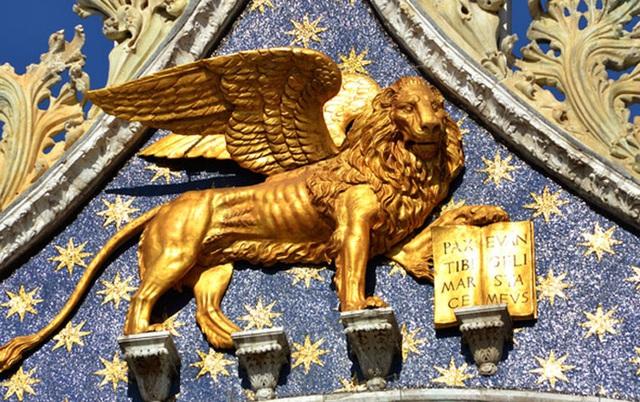 10 quốc gia dự trữ nhiều vàng nhất thế giới - Ảnh 4.