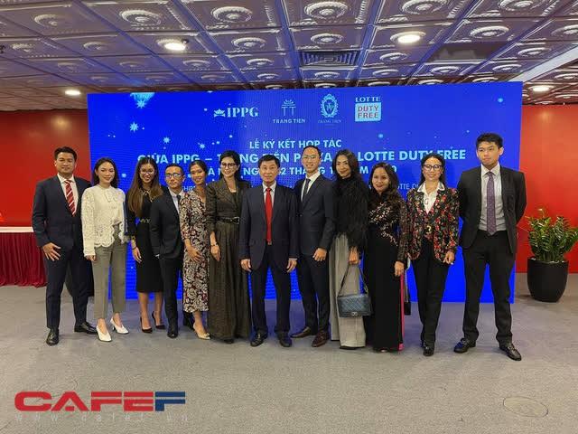 IPP hợp tác với Lotte mở cửa hàng miễn thuế ở Tràng Tiền Plaza: Thu hút khách du lịch trên thế giới đến mua sắm tại Việt Nam - Ảnh 3.