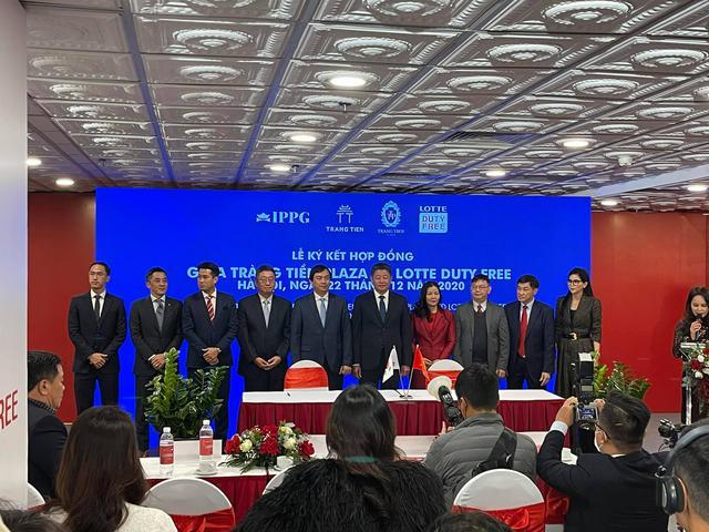IPP hợp tác với Lotte mở cửa hàng miễn thuế ở Tràng Tiền Plaza: Thu hút khách du lịch trên thế giới đến mua sắm tại Việt Nam - Ảnh 1.