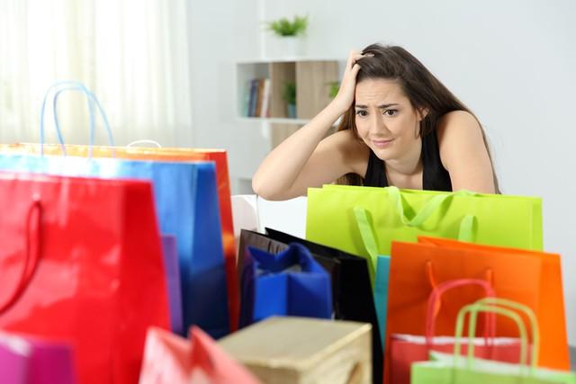 5 thói quen chi tiêu cần loại bỏ ngay hôm nay nếu bạn không muốn kẹt trong nợ nần - Ảnh 4.
