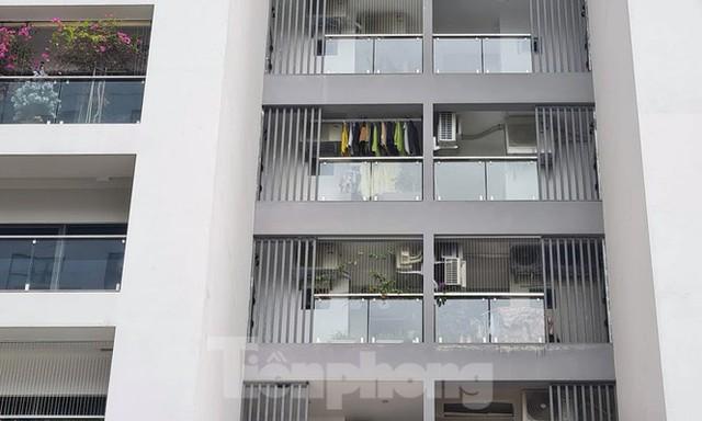 Cuối năm, Hà Nội nở rộ dự án cao ốc 'lùa dân vào ở khi chưa đủ điều kiện - Ảnh 2.