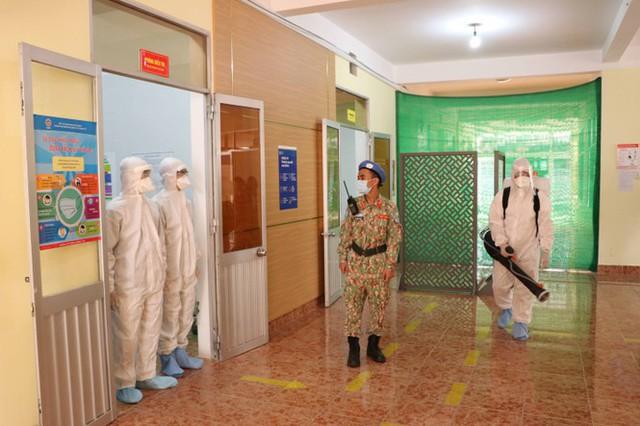 Cận cảnh bác sĩ Bệnh viện dã chiến luyện tập trước giờ lên đường đi Nam Sudan - Ảnh 6.