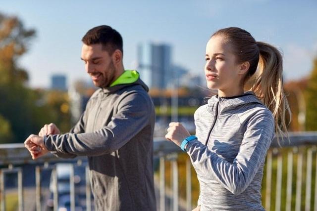 Dễ dàng để bắt đầu, duy trì đơn giản, đi bộ là bài tập thể dục hiệu quả đối với mọi đối tượng, nhưng bạn rất cần ghi nhớ 8 lưu ý này để tránh tác dụng ngược - Ảnh 7.
