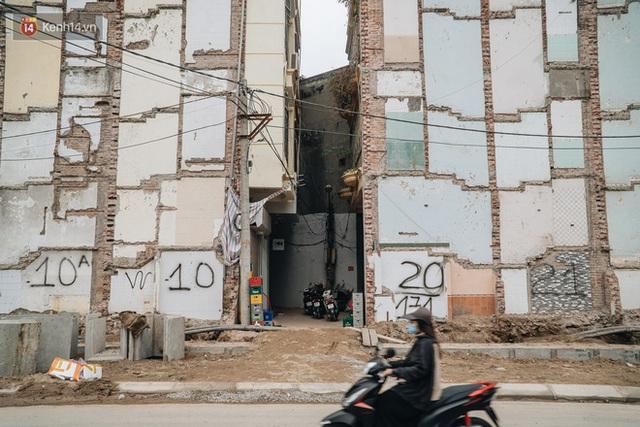 Cuộc sống người dân cạnh đại công trường đường vành đai nghìn tỷ: Ùn tắc, khói bụi, thậm chí ngã nhào - Ảnh 34.