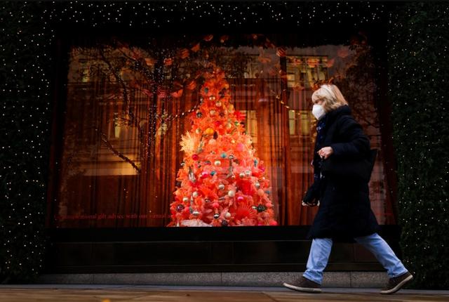 Giáng sinh 2020 đặc biệt chưa từng thấy trên toàn thế giới: Ảm đạm, dè dặt xen lẫn cô đơn và cả những nỗi buồn khó nói - Ảnh 6.